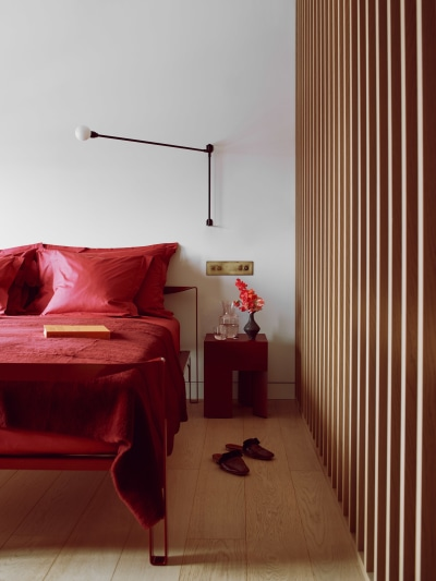 Roksanda Penthouse Master Bedroom Gasholders London Web Photography by Michael Sinclair Styling by Olivia Gregory 3