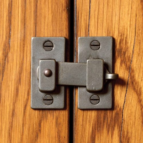 CL100 RMH Bronze Cabinet Hardware 1
